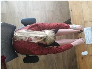 10 10 posiciones de Yoga para mejorar tu bienestar en la oficina.