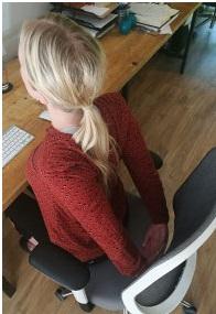 5 10 posiciones de Yoga para mejorar tu bienestar en la oficina.