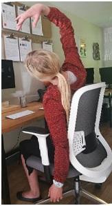 6 10 posiciones de Yoga para mejorar tu bienestar en la oficina.